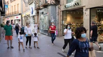 España vuelve a registrar los peores datos europeos de coronavirus: 'La situación es crítica'