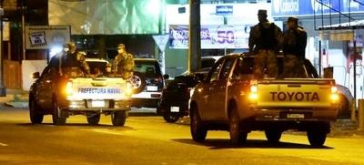 HOY / Policía Nacional saldrá con parlantes para instar el cumplimiento de las medidas sanitarias