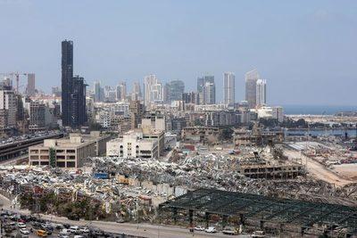 Tras los daños por la explosión, el covid podría colapsar Beirut