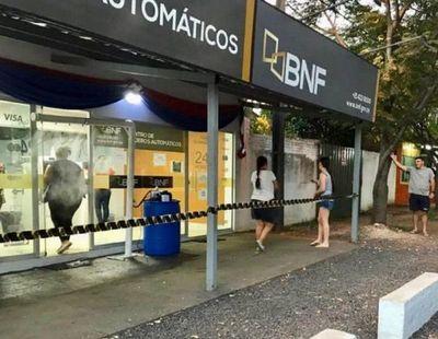 Covid-19: BNF cierra temporalmente 16 locales en todo el país