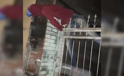 Entró a robar, le descubrieron y terminó electrocutado en su huida