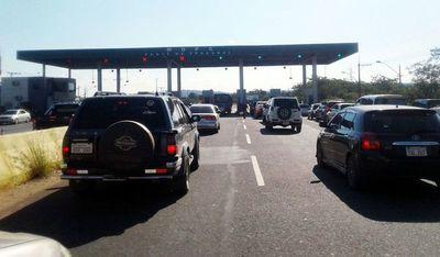 Nueve funcionarios del MOPC fueron separados por sustracción de dinero de peaje y combustible