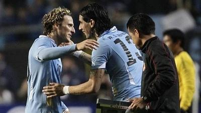 HOY / El reencuentro Forlán-Abreu anima la 5ª jornada del fútbol uruguayo