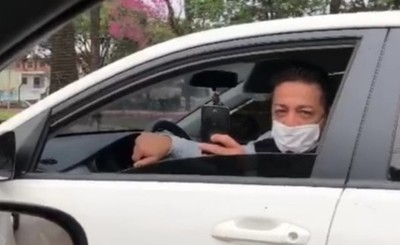 Conductor amenaza de muerte a periodistas