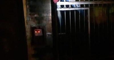 Fatal desenlace: intentó entrar a robar a una casa y murió electrocutado