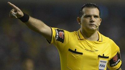 Carlos Amarilla opinó sobre el VAR y dice estar a disposición del arbitraje