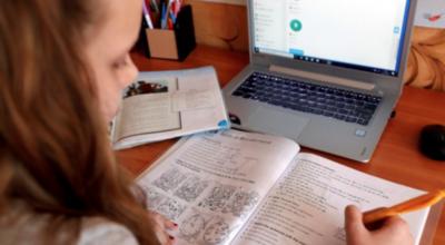 HOY / Clases 2021 serían aún sin alumnos, a decir del ministro Mazzoleni