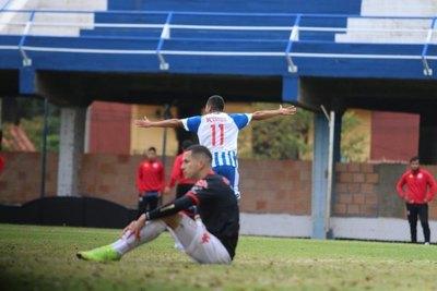 Martínez, la emoción del primer gol y la especial dedicatoria para sus abuelos