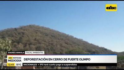 Deforestación en un cerro de Fuerte Olimpo, Chaco