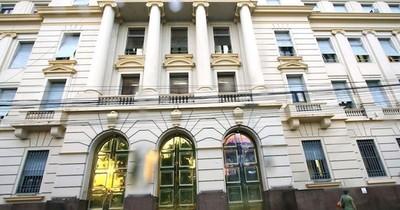 Hacienda recibe primer pago de intereses de G. 17.000 millones por depósitos en el BNF