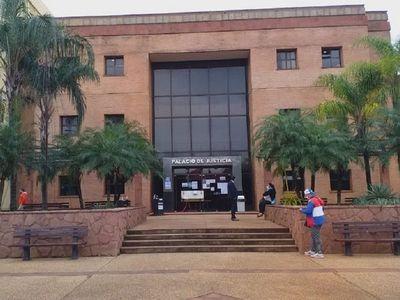 Palacio de Justicia de Coronel Oviedo suspende actividades