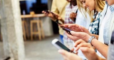 Más de 490.000 usuarios de telefonía han cambiado de operadora este año
