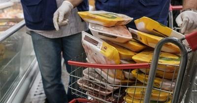 Brasil investiga supuesta presencia de covid-19 en pollo exportado a China