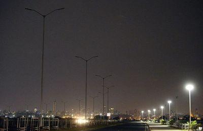 Asunción sin luces en su principal atractivo