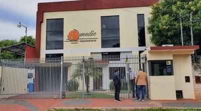 HOY / Proveedores de medicamentos reclaman trato privilegiado a empresas del clan Ferreira