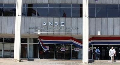 Nuevo titular de ANDE admite error de facturas y da la razón a la gente