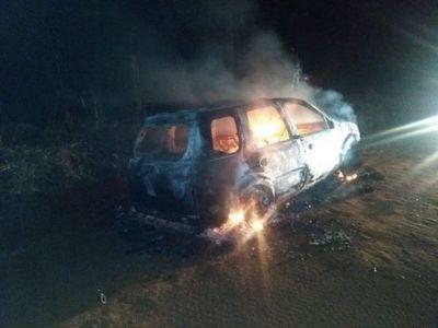 Incendian vehículo que presuntamente fue utilizado para sicariato en Capitán Bado