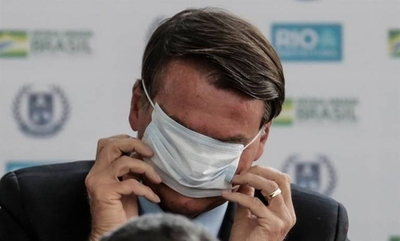 HOY / Bolsonaro, más popular que nunca pese a la pandemia, según sondeo