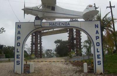 La banda de narcos polacos que tenía un 'réplica' de la Hacienda Nápoles de Pablo Escobar
