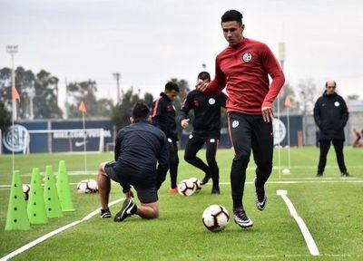 """""""Entre clubes ya hay acuerdo"""", Turquía es el futuro de Adam Bareiro"""