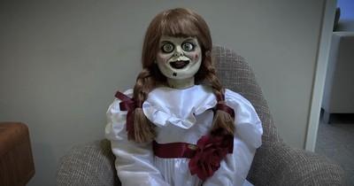 La diabólica muñeca Annabelle escapó del confinamiento