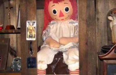 La verdad sobre la 'desaparición' de la muñeca Annabelle desde el museo de los Warren