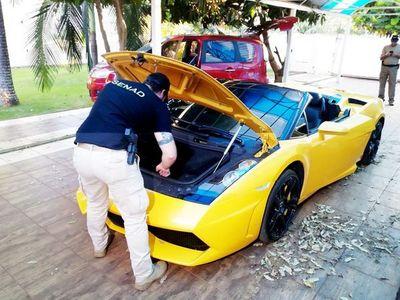 """Cucho"" acciona ante la justicia para no perder su Lamborghini"