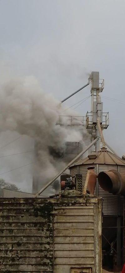 Incendio en planta industrial de la cooperativa Colonias Unidas