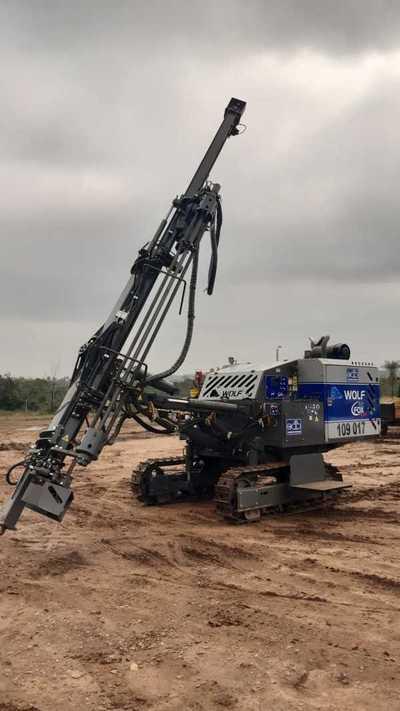 Constructora Asunción S.A adquirió una perforadora de rocas Wolf