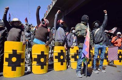 Gobierno boliviano da por pacificado el país, pero siguen algunas protestas