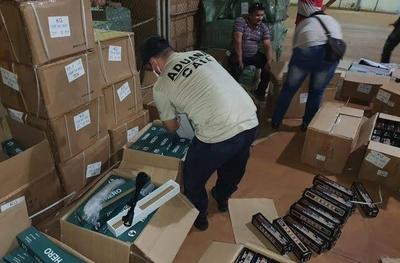 HOY / Hallan casi 900 miras telescópicas para rifles ingresadas en forma ilegal