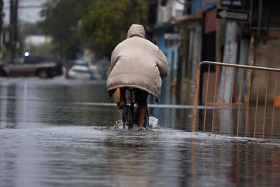 La tormenta Josephine amenaza con lluvias e inundaciones a Puerto Rico