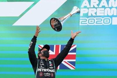 F1: Hamilton y Mercedes se reencuentran con la victoria en Montmeló