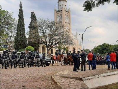 Fuerte dispositivo policial para evitar aglomeraciones en Areguá