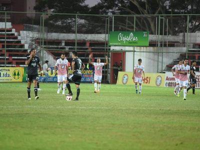 San Lorenzo frena a Olimpia y la punta puede cambiar de dueño