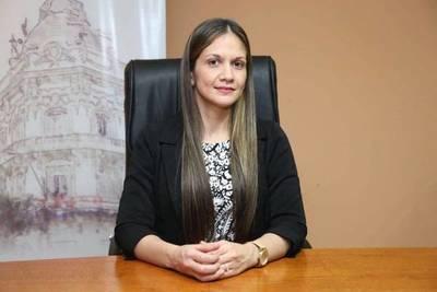Asumió nueva viceministra de Economía