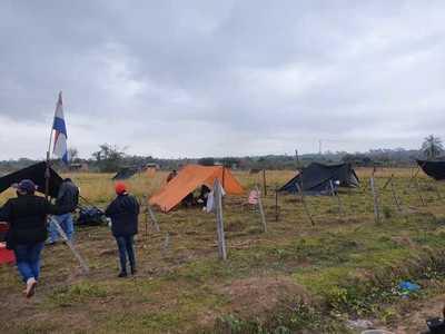 Audio revela que intendente de Concepción apoya invasiones