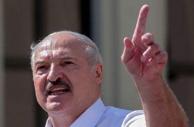 Lukashenko amenaza a oposición por crear órgano para traspaso del poder