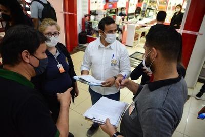 Comuna controla cumplimiento de protocolo sanitario en comercios