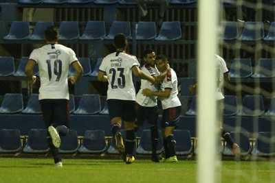 En la punta del Torneo Apertura brilla el 'Sol' del Azulgrana