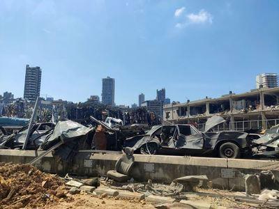 Se elevan a 181 los muertos por la explosión en el puerto de Beirut