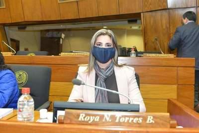 Roya Torres logra desafectar propiedad para local propio del SNPP en CDE