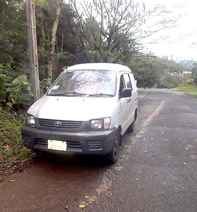 Banda armada intercepta y roba furgoneta con productos informáticos en San Miguel