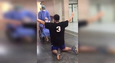 """Mujer de 84 años sale de alta tras vencer al COVID-19: """"Gracias mi Dios, este milagro es tuyo"""""""