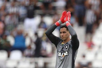 'Gatito' fue figura en el triunfo del Botafogo ante Mineiro de Junior Alonso