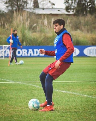 Jacquet: los clubes paraguayos que lo buscaron y su espejo como futbolista