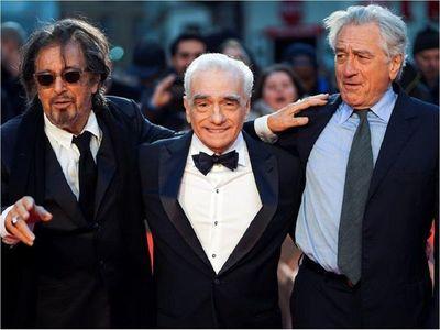 De Niro y Al Pacino apuntan a Gucci como escoltas de lujo de Lady Gaga