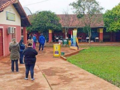Entregan 4ª tanda de kits de alimentos  a escuelas en Itapúa