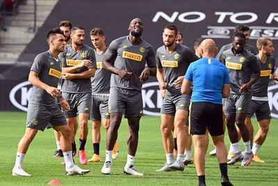 El camino de Inter y Sevilla para la final