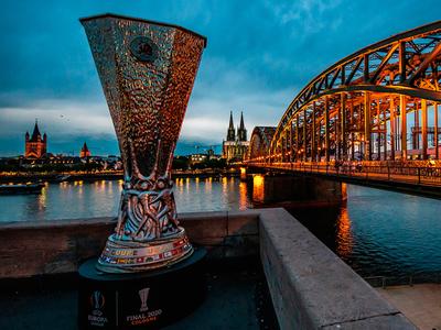 Inter y Sevilla, en el puente entre la fe y la gloria